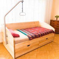 Tischlerei Friedheim Krankenbett aus Holz