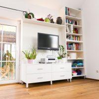 Tischlerei Friedheim Wohnzimmerschrank und Bücherregal
